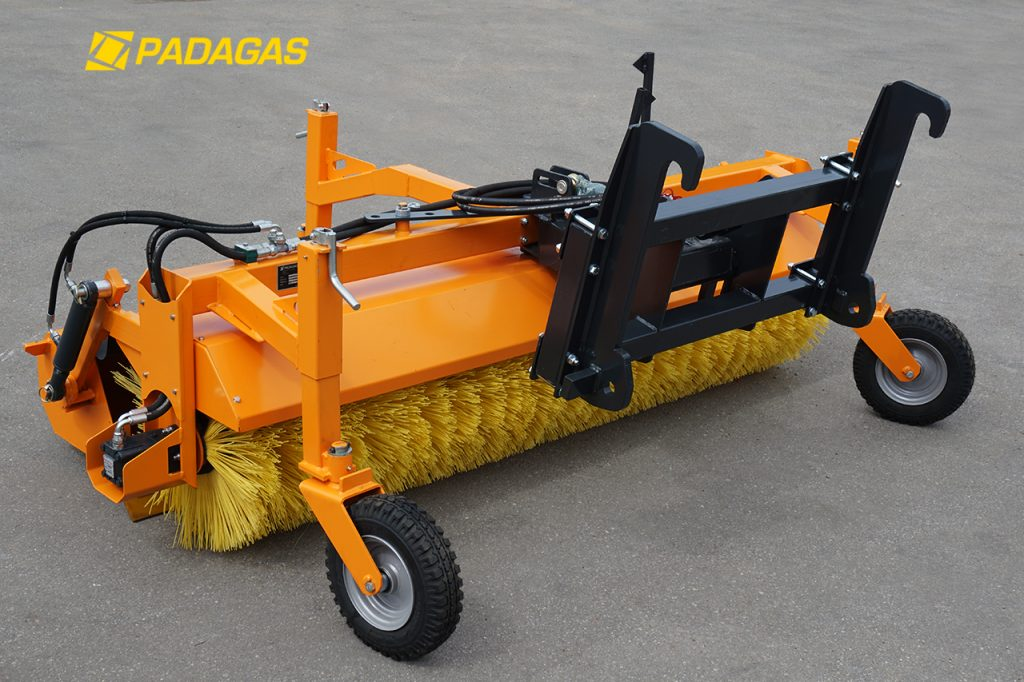 Universal sweeper PI-BH - brush for tractors and loaders.